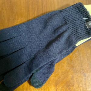 スマホ操作対応で暖かく安価な手袋。mont-bell(モンベル)のジオライン L.W.グローブ
