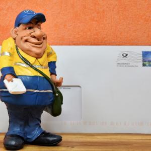 【Deutsche Post】ドイツの郵便局で使えるフレーズと例文