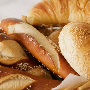 ドイツの週末は焼き立てパンをパン屋さんへ買いに行くから始める!