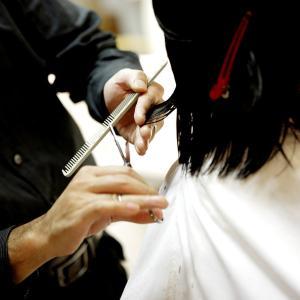 ドイツの美容院へ1年以上振りに行ってきた! 出来上がったヘアスタイルが鬼滅の刃…