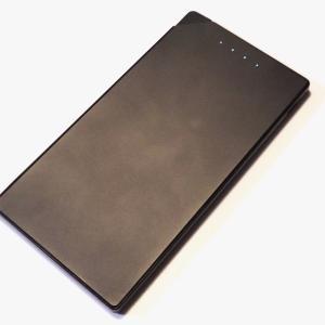 超薄型モバイルバッテリー TNTORを買って使ったのでレビュー