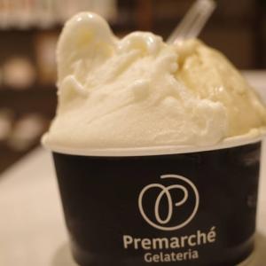 イタリアのジェラート大会で3年連続3位に輝いたらしいアイスで宴。