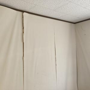 壁紙貼りは簡単では無い