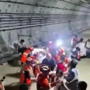鄭州地下鉄で4時間水につかった体験