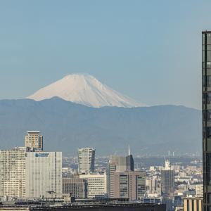 マンダリンオリエンタル 東京の富士山ビューの部屋とケシキでの朝食