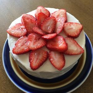 ショートケーキを作った