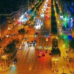巴黎輝煌的爵士樂和波薩諾瓦魅力與美味的咖啡合作
