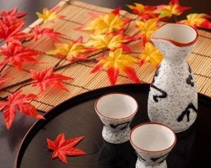「北斗の拳」焼酎や佐賀こだわりの日本酒を味わう