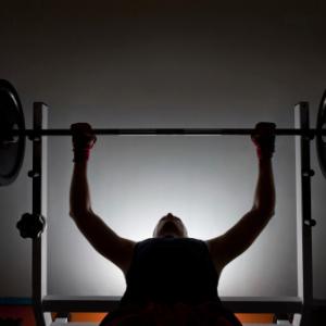 健康 胸と足のトレーニング