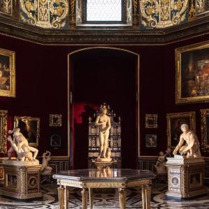 ウッフィーツィ美術館  Gallerie degli Uffizi