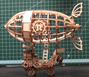 WOODEN PUZZLE-AIRSHIPを作りました
