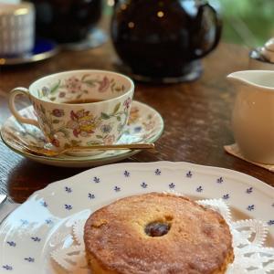 【MissliM  Tea Place】ミスリム☕️鴨川と京都御所の間にある京都紅茶専門店カフェで優雅なティータイム