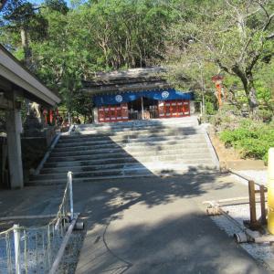 淵神社は、長崎県長崎市淵町にある神社である。
