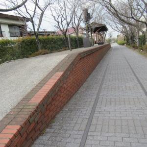 岡南新保駅は、岡山市南区新保にあった岡山臨港鉄道の駅(廃駅)。