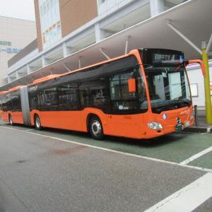 西日本で初めて走る連節バス 「オレンジアロー 連 SANDA」号なんですが。
