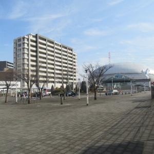 門真南駅は、大阪府門真市三ツ島にある大阪メトロの駅。