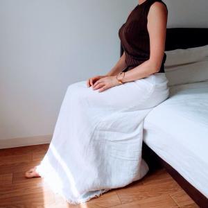 【愛しいクローゼット】自由な気分になれる白のマキシスカート