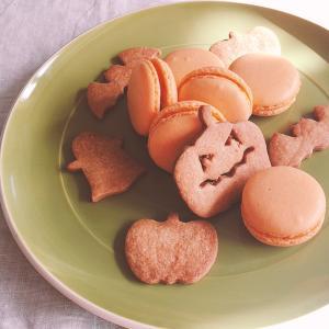 かぼちゃのマカロンとハロウィンクッキー