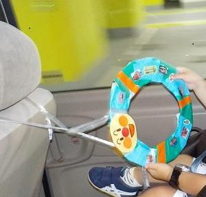 ベビーカーやチャイルドシートに手作りハンドルおもちゃ!