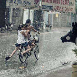 自転車通勤者の強い味方! レインウェアのお手入れ方法を紹介
