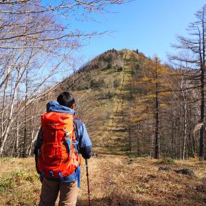 紅葉の笠取山登山へ!沢に急登に変化に富んだ楽しい登山コース。駐車場へのアクセスがちょっと大変。