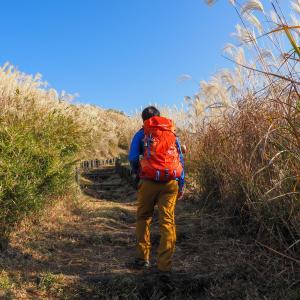 冬の低山登山での服装を紹介。登山時のウェアはレイヤリングが基本!