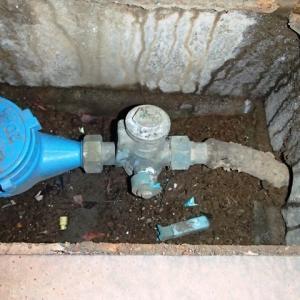 横浜市の水道メーターのバルブ破損