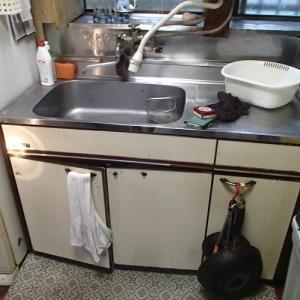 流し台で水漏れ