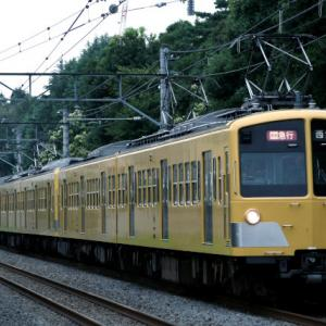 2007/7/10 新宿線3ドア10両 前パン通勤急行