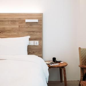 寝室真っ白計画!ニトリにて。