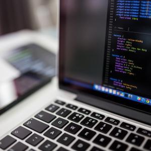 【python】プログラミング言語pythonは独学でも習得できる?勉強のコツと注意点を徹底解説!