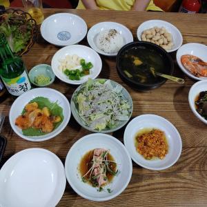 私の誕生日、母との外食、自然産寿司食べました。