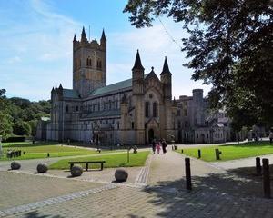 イギリスで無料で楽しめるお散歩 Buckfast Abbey