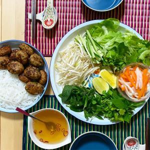 ベトナムの豚肉団子入りつけ麺 ブンチャー(Bun Cha)の作り方