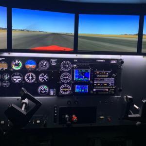 アメリカの飛行教官免許更新 FAA CFIライセンス