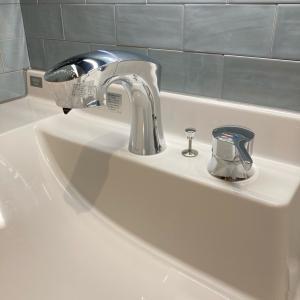 洗面化粧台 自動水栓の残念な弱点
