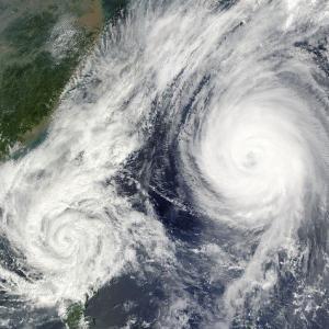 台風ing な沖縄