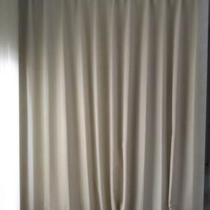 DIY素人でも簡単!収納に目隠しカーテンを付ける方法