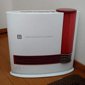 6畳の小部屋にセラミックファンヒーター。メイン煖房として使える!