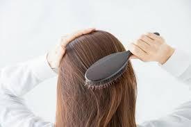 【ハゲ予防に効果大】頭皮マッサージ器を1年間毎日使った体験談【オススメ3つもご紹介】