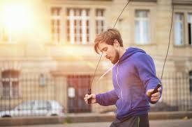 縄とびはジョギングよりもカロリー消費が多くダイエット効果大な件