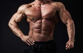 ダンベルで大胸筋を効率的に鍛える筋トレ方法