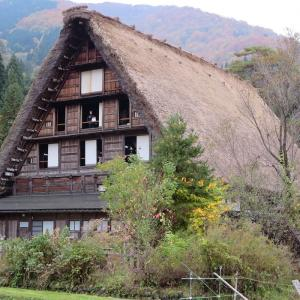 秋の飛騨高山、白川郷、金沢、紅葉を楽しむお勧めスポット