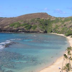 ハワイ観光旅行の見どころ、美しいビーチと伝統文化を持つ島