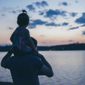障害児を育てる家庭 父親の役割を考える