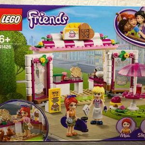 レゴ(LEGO) フレンズ ハートレイクシティのパークカフェ 41426を作ってみました。