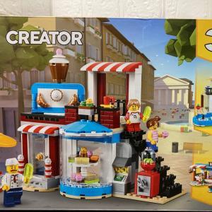 レゴ(LEGO)クリエイター ケーキショップ31077を作ってみました その2