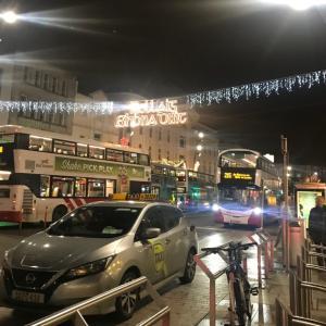 『ロックダウン中のアイルランド』〜 クリスマスのイルミネーションの装飾が始まりました〜
