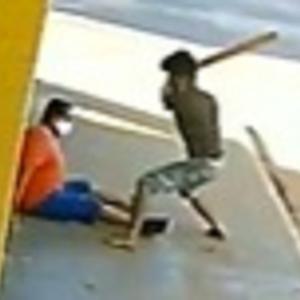 通り魔殺人?ブラジルで買い物帰りの男が棒で滅多打ちにされる