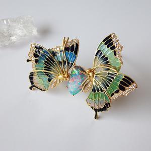 大作でございます 中嶋邦夫先生の 蝶のブローチ